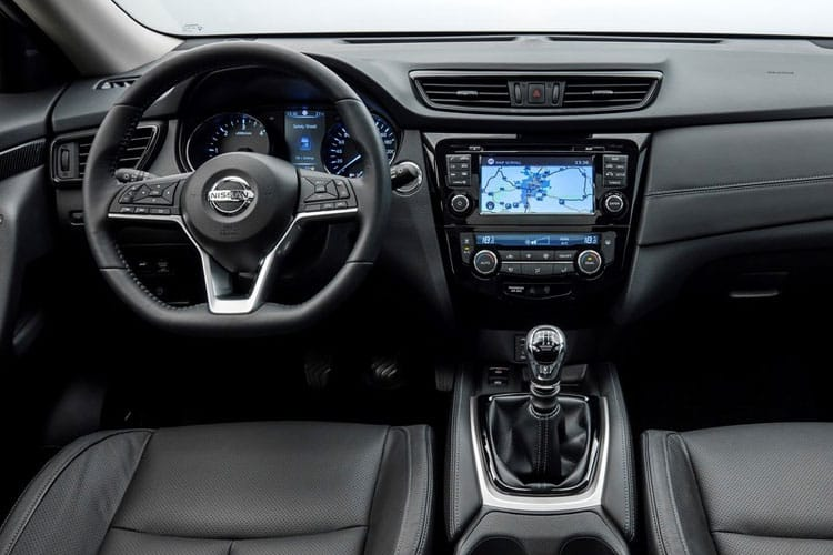 Nissan X-Trail SUV FWD 1.7 dCi 150PS Tekna 5Dr CVT [Start Stop] [7Seat] inside view